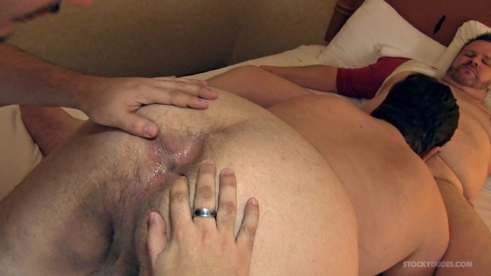 Stocky-Dudes-Marco-Noah-and-Mitch-Chubby-Guys-Barebacking-Amateur-Gay-Porn-14 Amateur Chubby Top Barebacks Two Chubby Bottoms