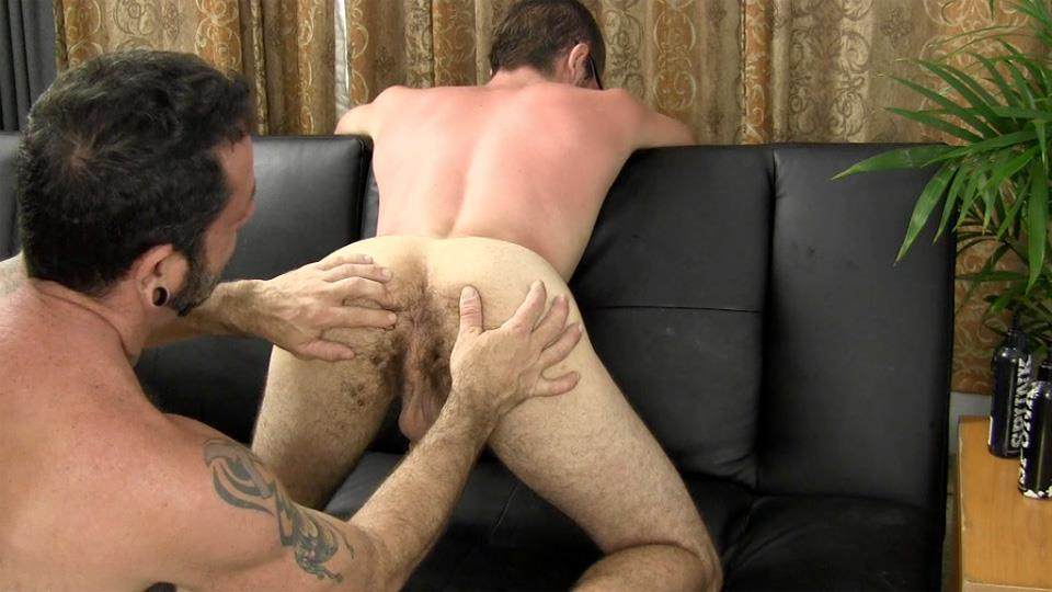 Straight-Fraternity-Reese-Straight-Young-Guy-Barebacking-a-Hairy-Muscle-Daddy-Amateur-Gay-Porn-10 Amateur Young Straight Guy Barebacks a Hairy Muscle Daddy