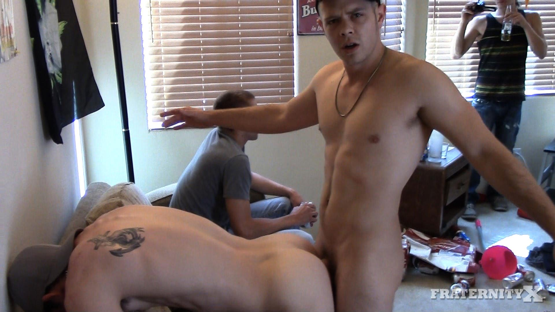 Fraternity-X-Straight-Frat-Guys-With-Big-Cocks-Barebacking-A-Tight-Ass-Amateur-Gay-Porn-01.jpg